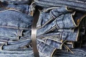 Déplacement des vêtements : comment déplacer les t-shirts, les sous-vêtements, les jeans et les chaussettes