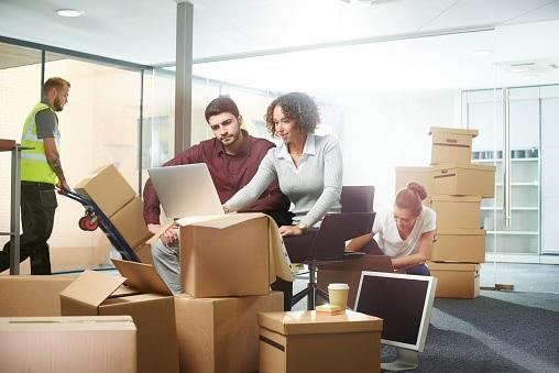 Comment annoncer un déménagement d'entreprise?